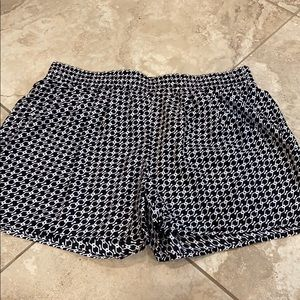 a.n.a Patterned pull-on shorts